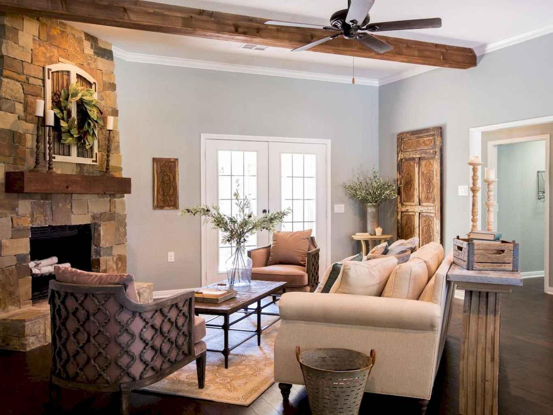 70 Rustic Farmhouse Living Room Decor Ideas (66)