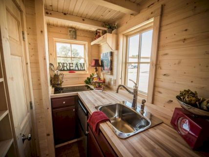 71 Best Small And Unique Tiny House Living Design Ideas (4)