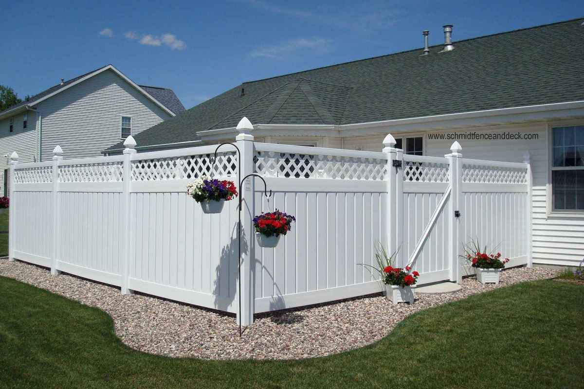 50 Stunning Backyard Privacy Fence Ideas Decorations And Remodel (2)