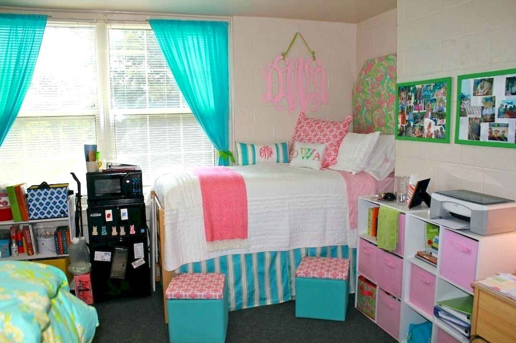 60 Gorgeous College Dorm Room Decorating Ideas And Makeover (24)