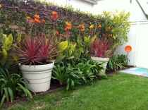 60 Stunning Low Maintenance Front Yard Landscaping Design Ideas And Remodel (29)