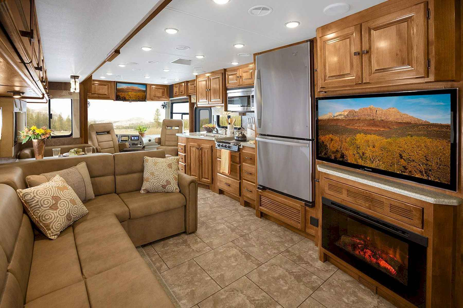 70 Stunning RV Living Camper Room Ideas Decorations Make Your Summer Awesome (52)