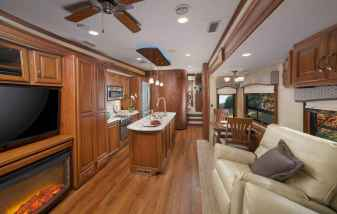 70 Stunning RV Living Camper Room Ideas Decorations Make Your Summer Awesome (53)