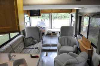 70 Stunning RV Living Camper Room Ideas Decorations Make Your Summer Awesome (56)