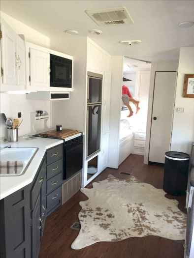 70 Stunning RV Living Camper Room Ideas Decorations Make Your Summer Awesome (61)