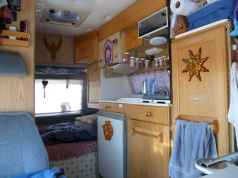 70 Stunning RV Living Camper Room Ideas Decorations Make Your Summer Awesome (63)