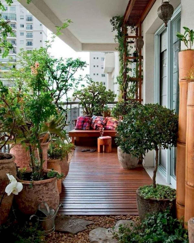 80 Small Apartment Balcony Decor Ideas And Makeover (27)