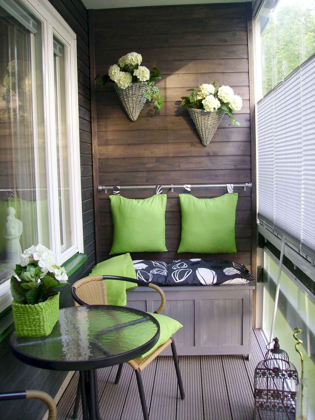 80 Small Apartment Balcony Decor Ideas And Makeover (40)