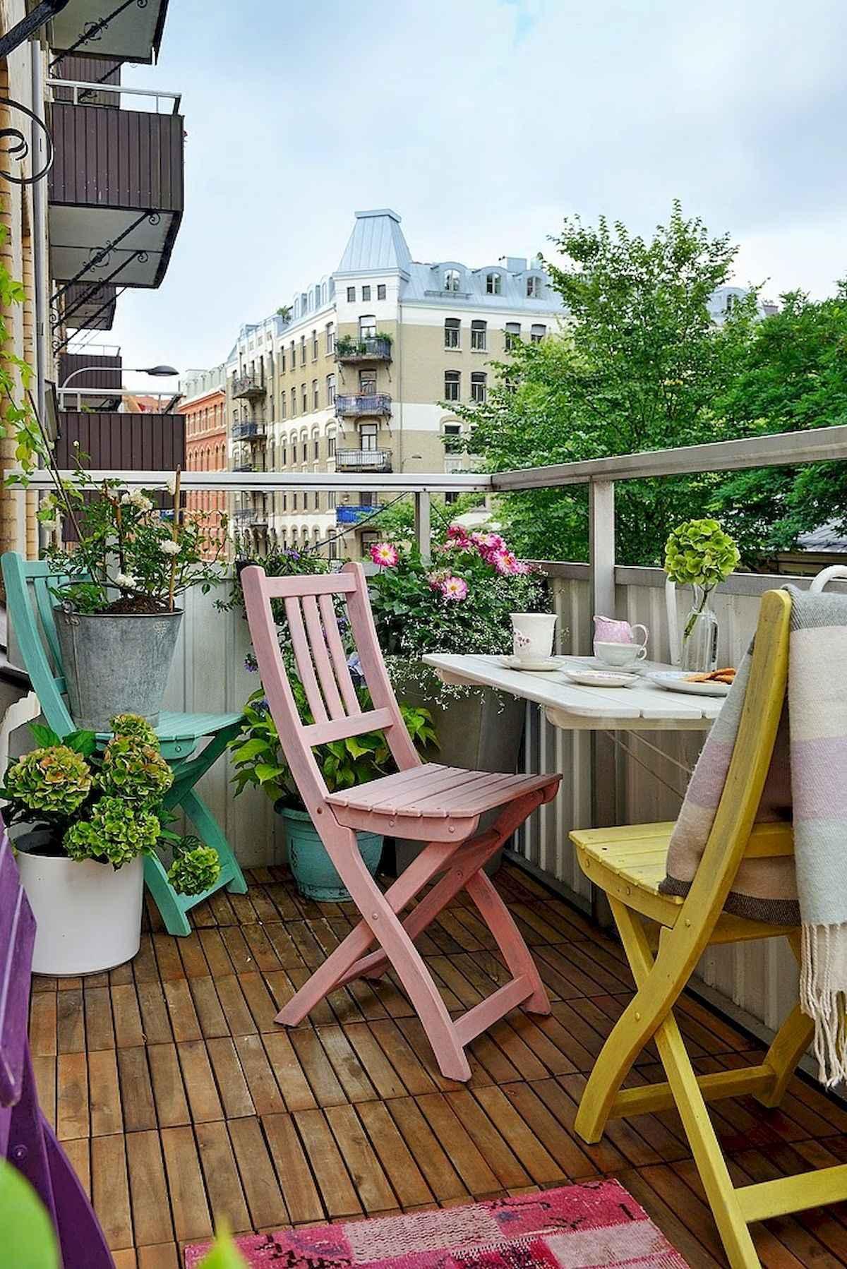 80 Small Apartment Balcony Decor Ideas And Makeover (42)