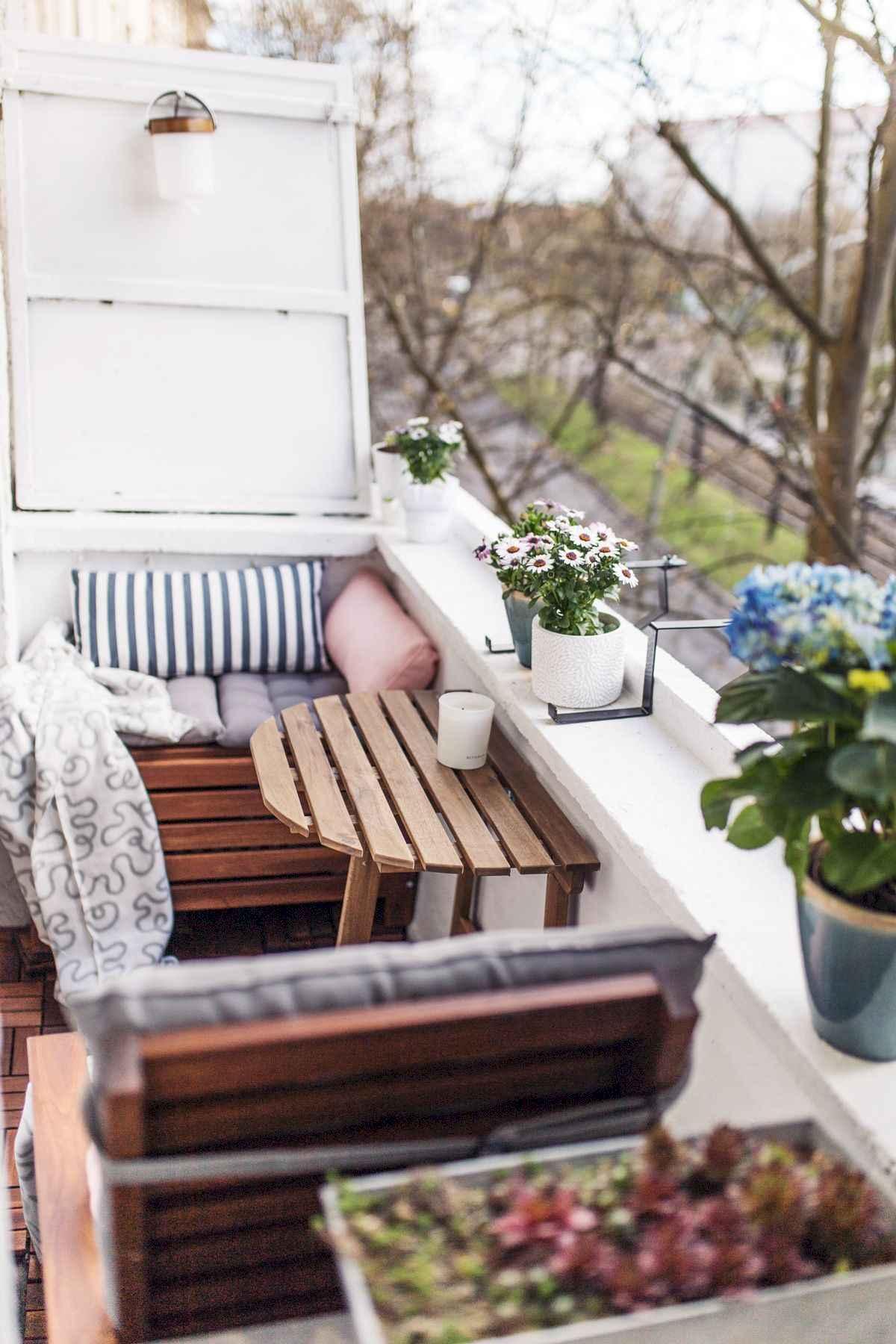 80 Small Apartment Balcony Decor Ideas And Makeover (46)