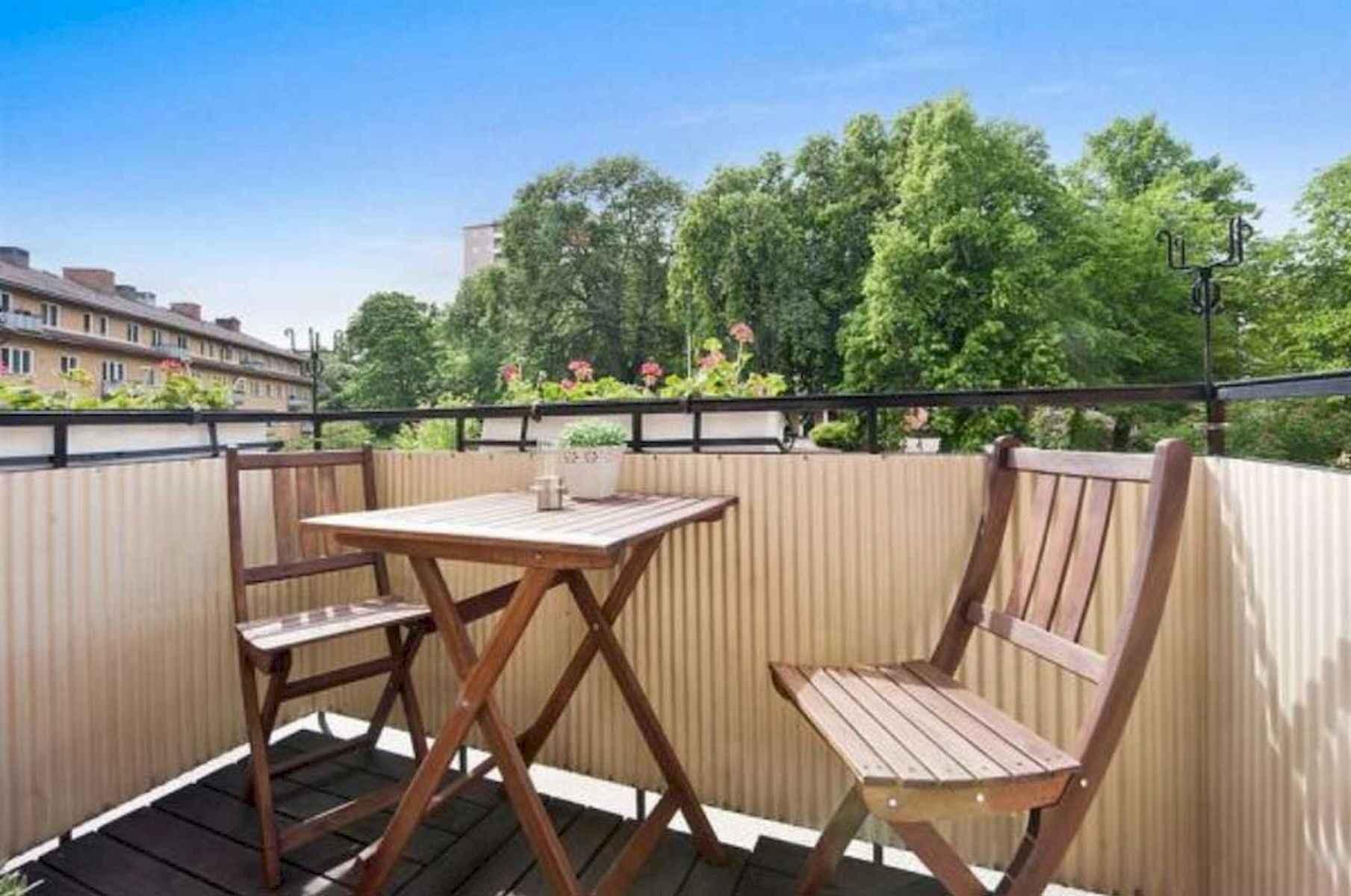 80 Small Apartment Balcony Decor Ideas And Makeover (55)