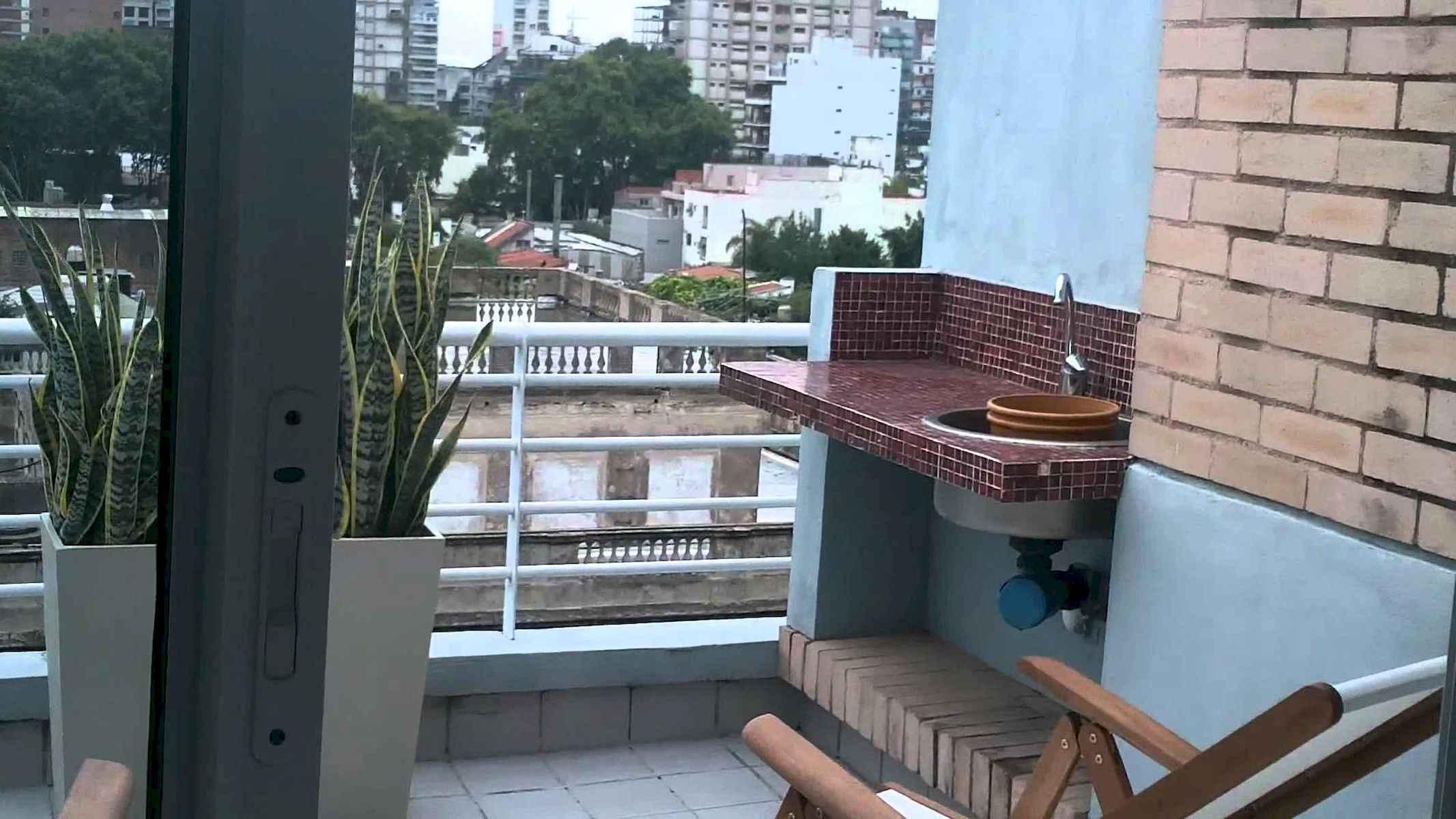 80 Small Apartment Balcony Decor Ideas And Makeover (59)