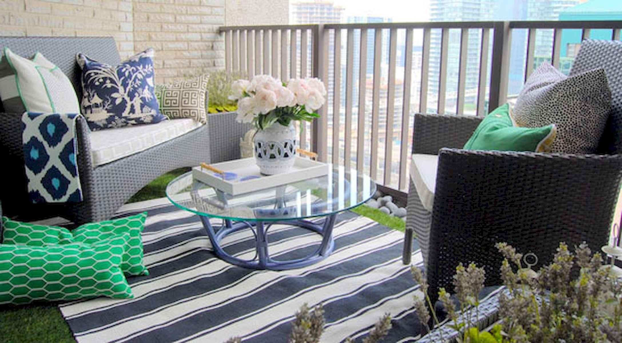 80 Small Apartment Balcony Decor Ideas And Makeover (68)