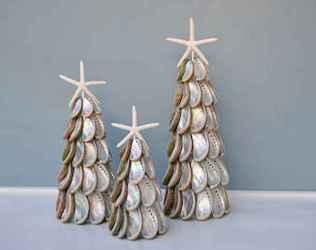 40 Creative Coastal Christmas Decor Ideas And Makeover (29)