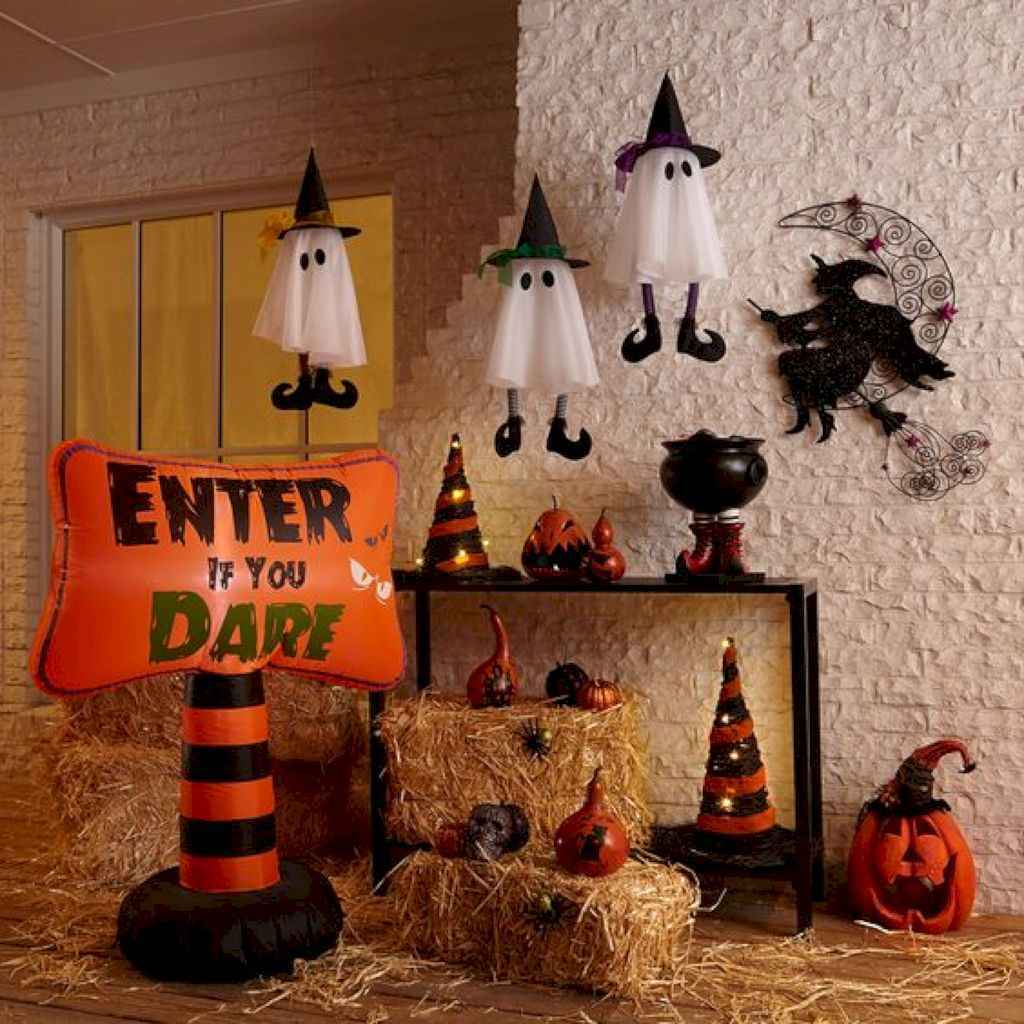 40 Creative DIY Halloween Ideas Decorations On A Budget (21)
