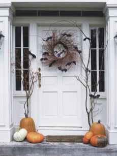 50 Creative Christmas Front Porch Decor Ideas And Design (12)