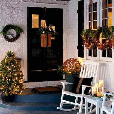 50 Creative Christmas Front Porch Decor Ideas And Design (30)
