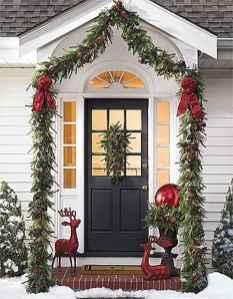 50 Creative Christmas Front Porch Decor Ideas And Makeover (1)