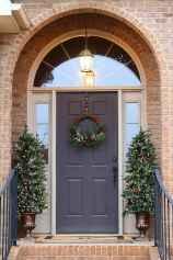 50 Creative Christmas Front Porch Decor Ideas And Makeover (15)