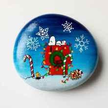 50 Creative DIY Christmas Painted Rock Design Ideas (46)