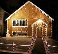 50 Creative Outdoor Christmas Decor Ideas And Makeover (15)
