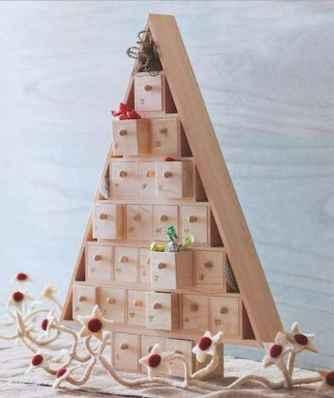 50 Creative and Easy DIY Christmas Decor Ideas And Design (7)