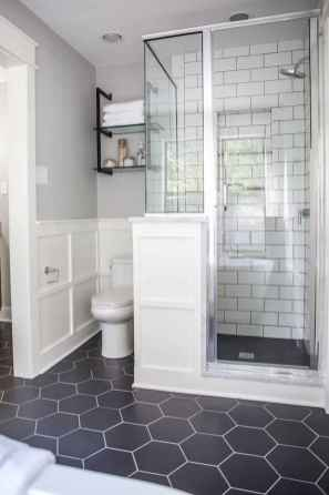 60 Elegant Small Master Bathroom Remodel Ideas (12)