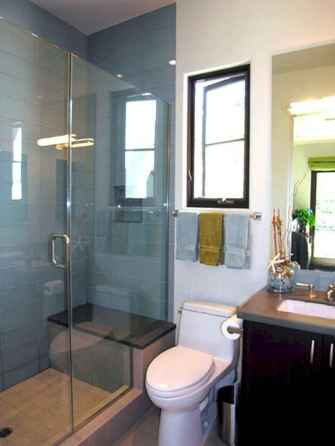 60 Elegant Small Master Bathroom Remodel Ideas (13)