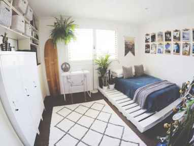 60 Small Apartment Bedroom Decor Ideas On A Budget (50)