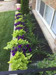 90 Simple and Beautiful Front Yard Landscaping Ideas on A Budget (14)