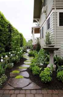 90 Simple and Beautiful Front Yard Landscaping Ideas on A Budget (50)