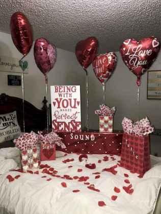 33 Easy DIY Valentines Day Decor Ideas (44)