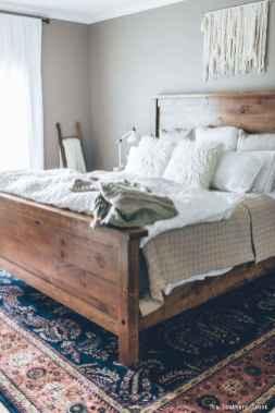 35 Best Farmhouse Bedding Decor Ideas (33)