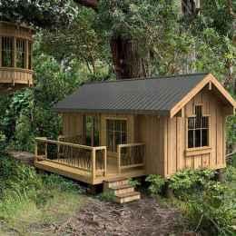 70 Suprising Small Log Cabin Homes Design Ideas (22)