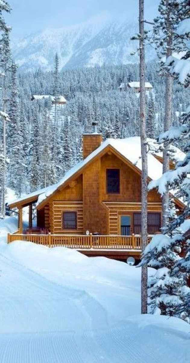 70 Suprising Small Log Cabin Homes Design Ideas (28)
