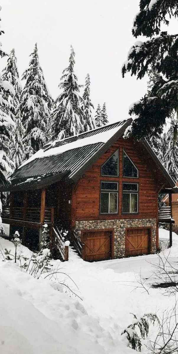 70 Suprising Small Log Cabin Homes Design Ideas (40)