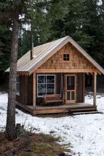 70 Suprising Small Log Cabin Homes Design Ideas (57)