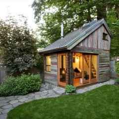 70 Suprising Small Log Cabin Homes Design Ideas (59)