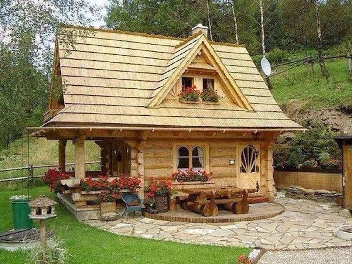 70 Suprising Small Log Cabin Homes Design Ideas (9)