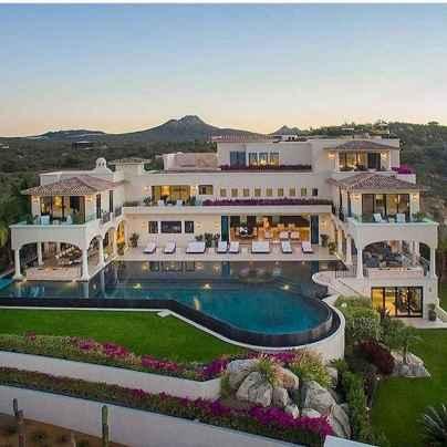 40 Stunning Mansions Luxury Exterior Design Ideas (41)