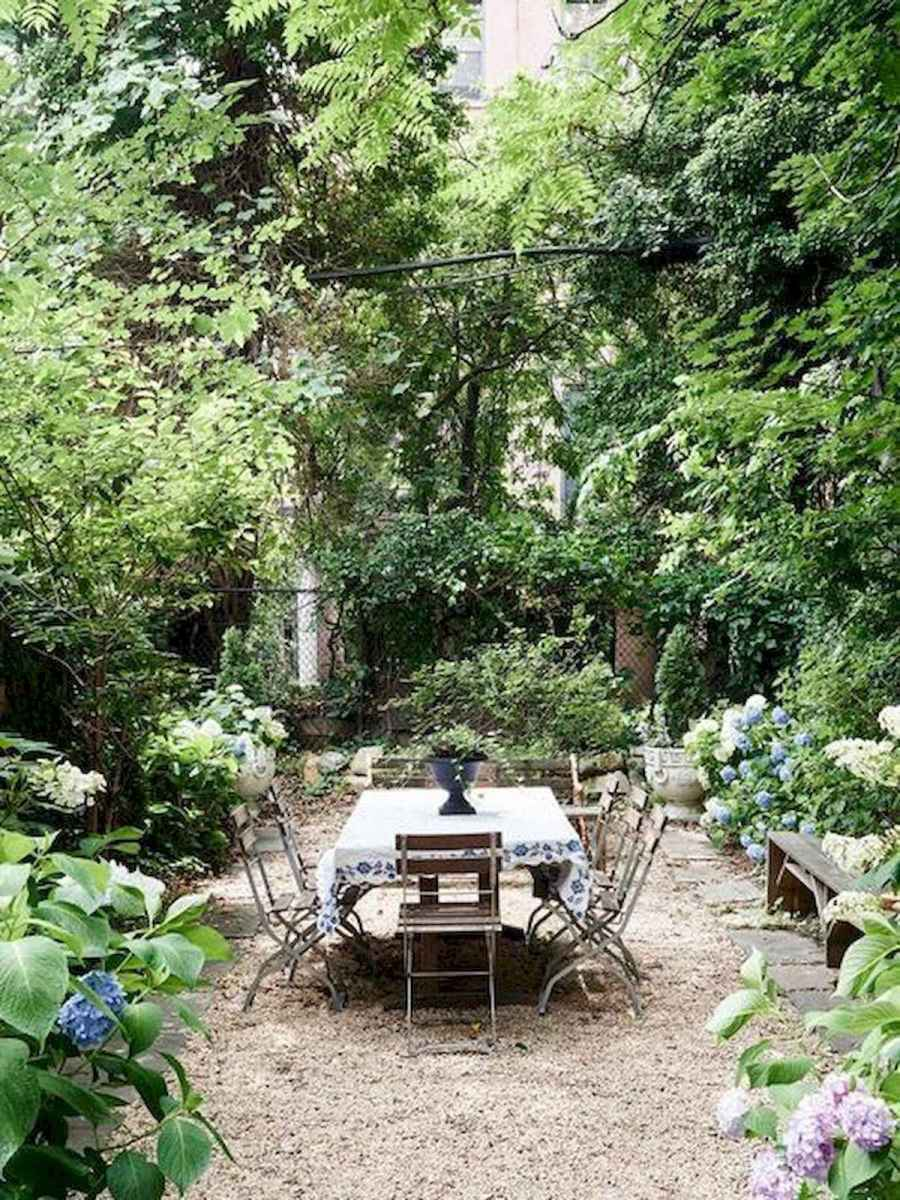 40 Awesome Secret Garden Design Ideas For Summer (27)
