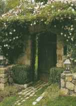 40 Awesome Secret Garden Design Ideas For Summer (34)