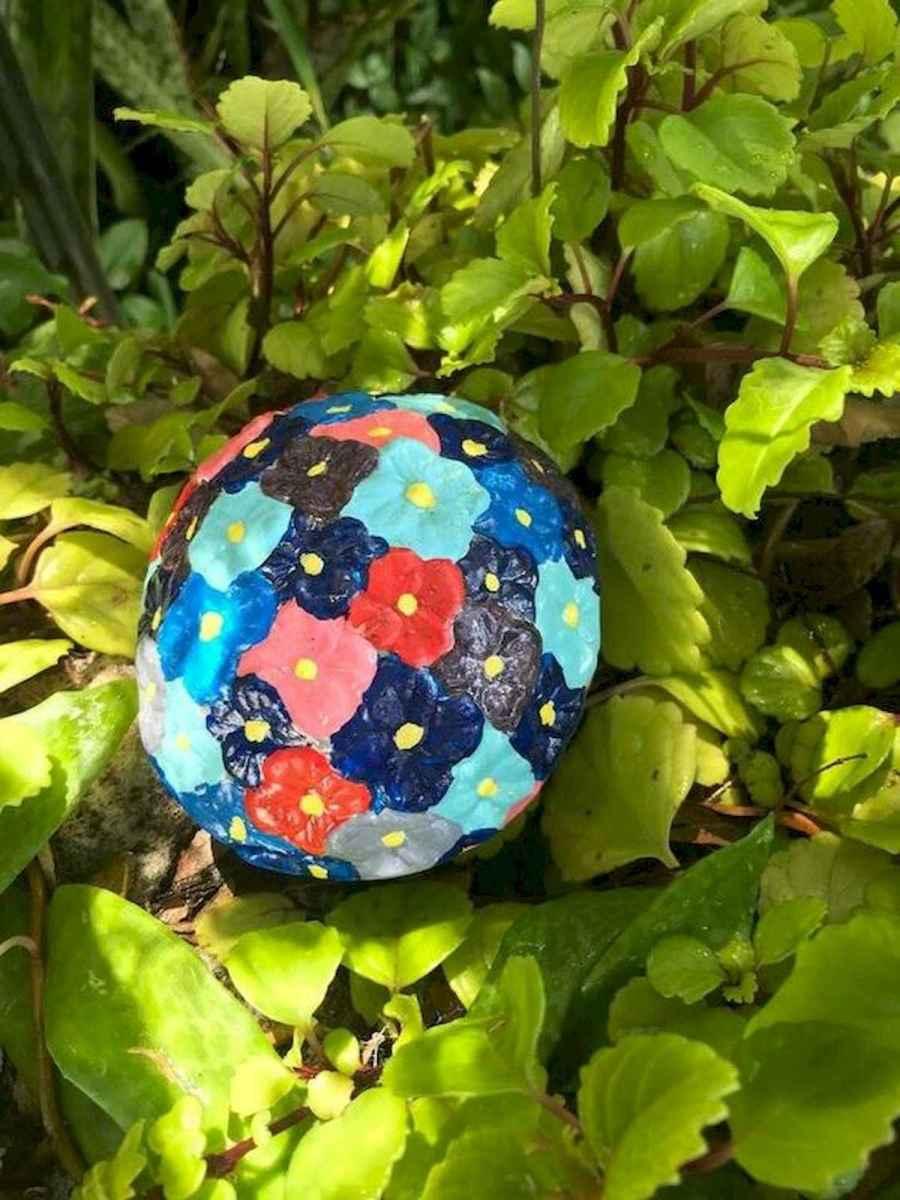 55 Creative Garden Art Mushrooms Design Ideas For Summer (33)