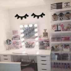 60+ Favorite Studio Apartment Storage Decor Ideas And Remodel (23)