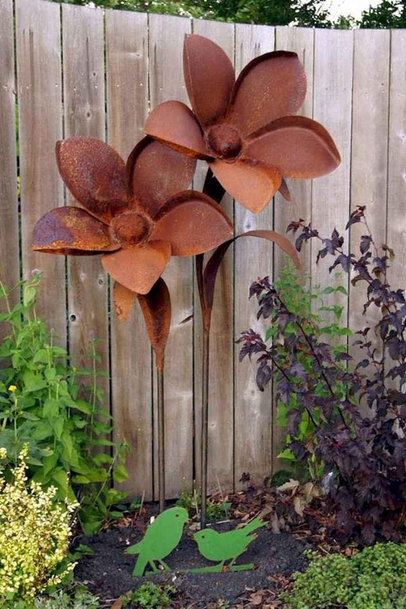 70 Best Metal Garden Art Design Ideas For Summer (42)