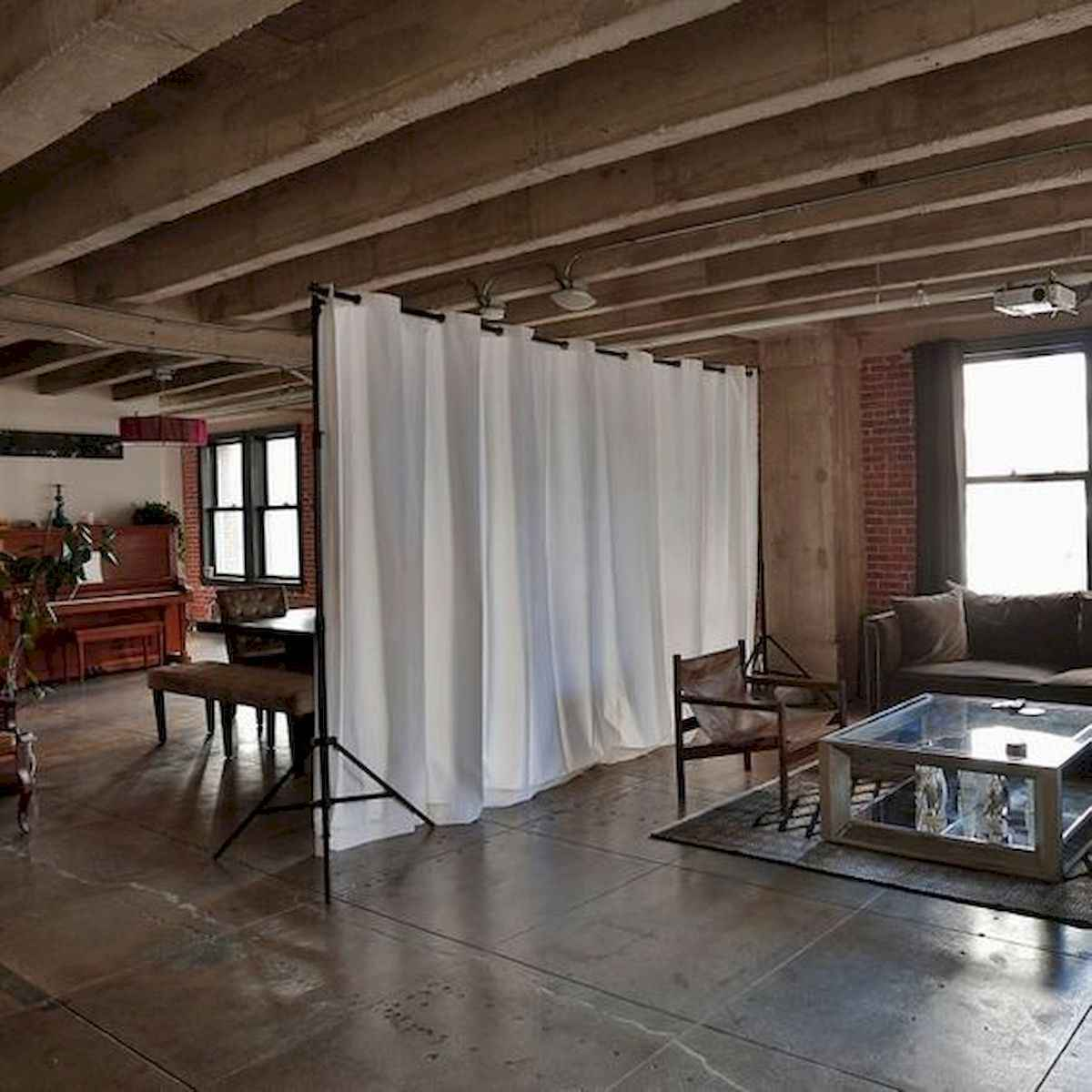 80+ Gorgeous Studio Apartment Divider Decor Ideas And Remodel (22)