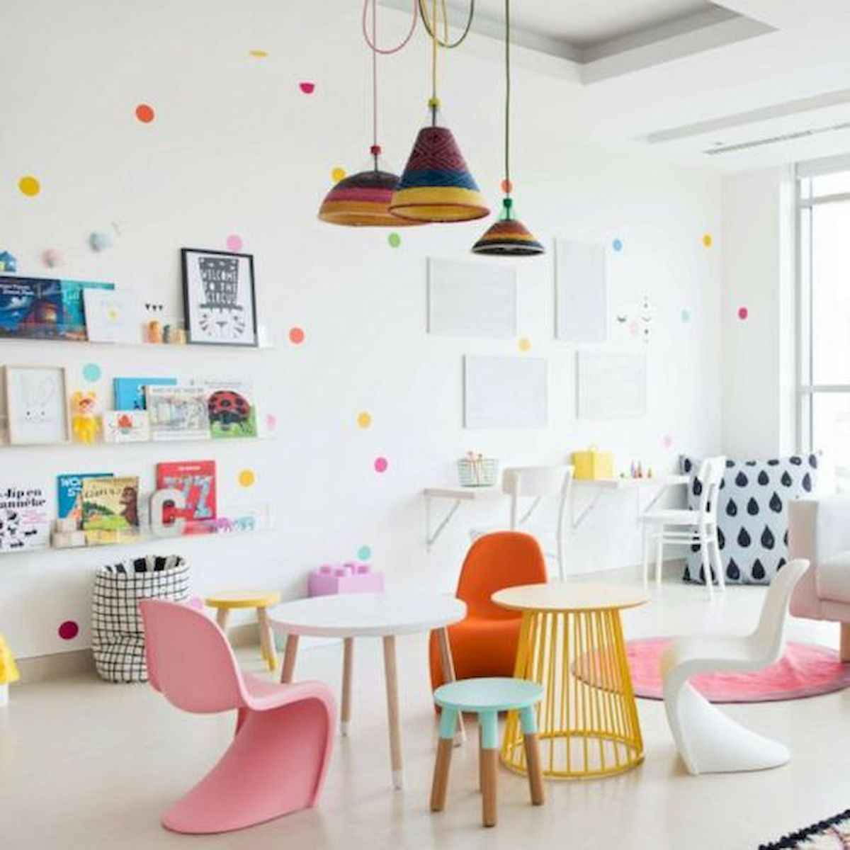 90+ Fantastic Colorful Apartment Decor Ideas And Remodel for Summer Project (19)