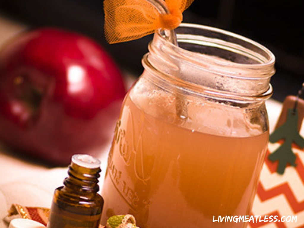 Essential Oil Infused Apple Cider