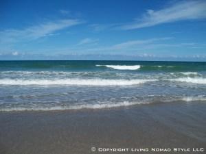 Paradise Beach Waves 1