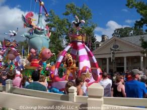 Parade - Pluto